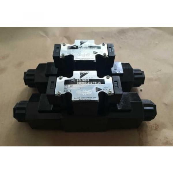 J-VZ100A4RX-10 Hydraulisk pump #1 image